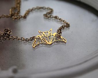 Golden Fledermaus Halskette Fantasie filigrane geometrische