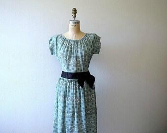 1940s vintage dress . 40s rayon floral print dress