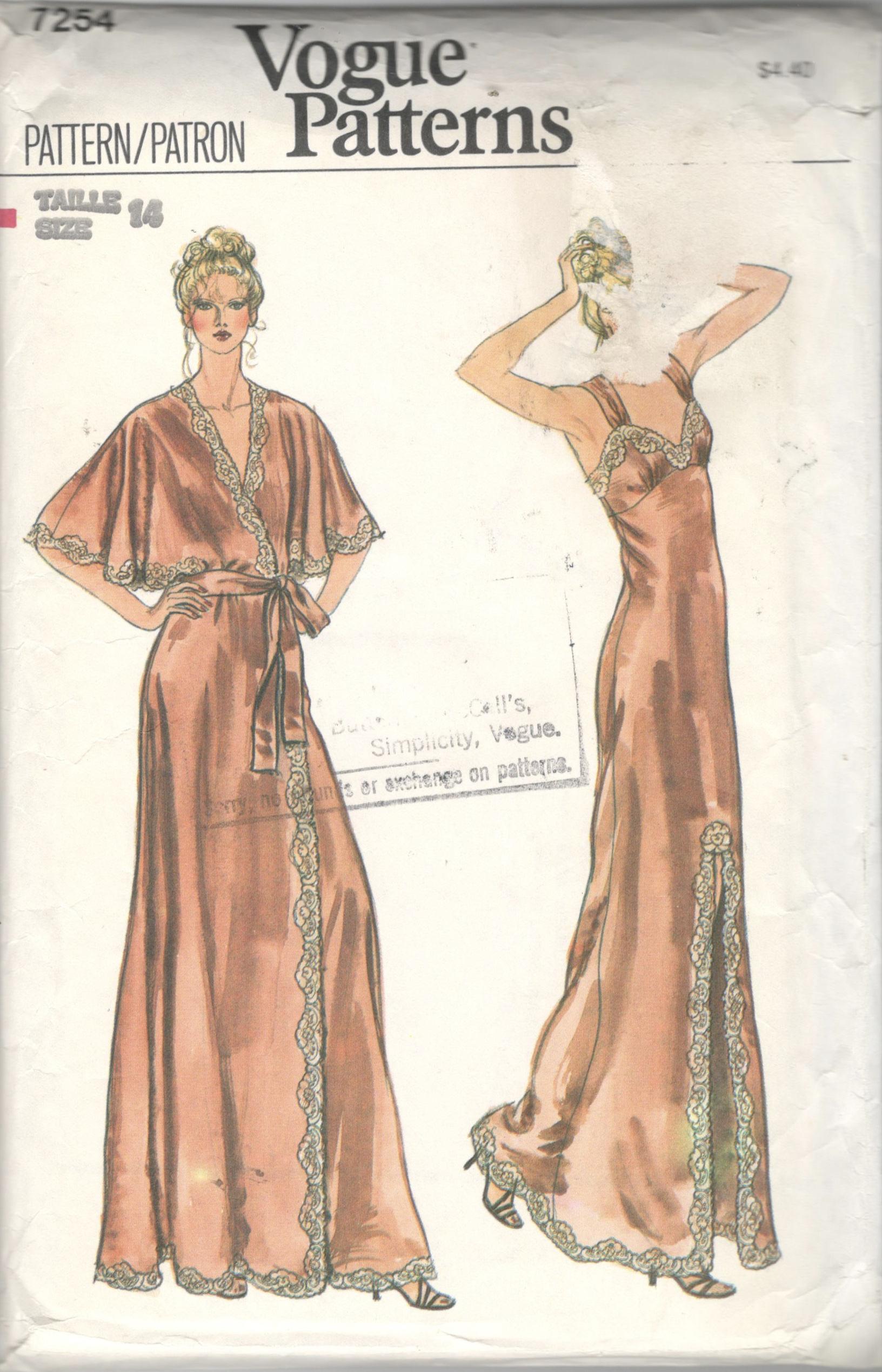 1970er Jahre Vogue 7254 Misses Nachthemd Negligee