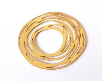 GOLD FILLED round pendant / 27x30mm
