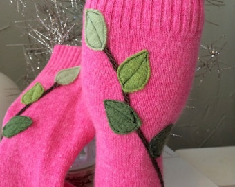 Pink Cashmere Fingerless Gloves with Leaf/Branch Appliqué