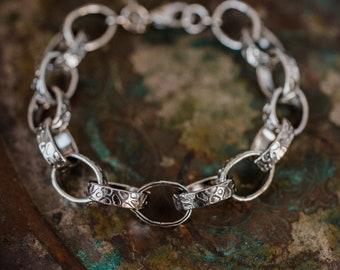 Vintage Oscar De La Renta Stamped Silver Tone 7 Inch Textured Links Bracelet #OS123