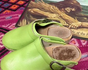 Vintage Childrens Girls Leather lime green Clogs Swedish Wooden Clogs with Heels and Strap Childrens Size Europe 32 or US Size 1