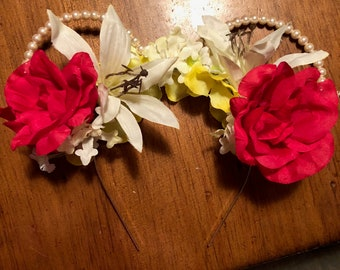 Floral Pearled Minnie Mouse Ears. Disney headband with flowers.