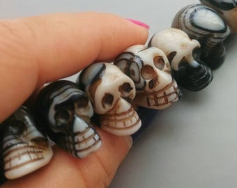 AS PICTURED -12pcs -Natural White Black Agate Skull Beads,Skull Pendant,skull connector,skull spacer beads, 11x21x16mm- 4mm big hole