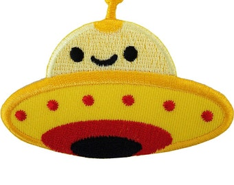 Alien Iron On Patch / Sew On Badge Embroidered Spaceship Space UFO Flying Saucer