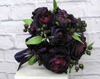 Bridal bouquet - Wedding bouquet - Plum black wedding bouquet - Ranunculus berry bouquet - silk wedding flowers