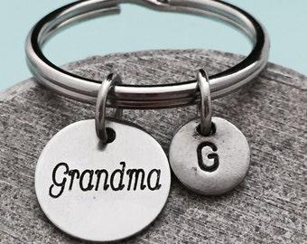 Grandma keychain, grandma charm, family keychain, personalized keychain, initial keychain, customized keychain, monogram