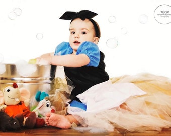 Maid princess, maid costume, tutu dress, tulle tutu, girls dress, maid, dress, costume, tutu costume, poor, peasant, cleaning, work,