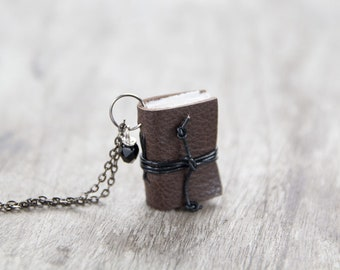 Leather miniature book necklace, mini journal jewelry, literature jewelry, eco friendly necklace pendant, blank pages - brown