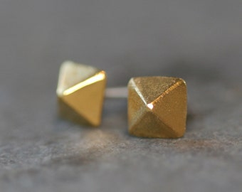 Low Pyramid Stud Earrings in Gold Vermeil (READY TO SHIP)