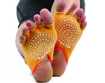 TOETOE - Yoga&Pilates - Anti-Slip Sole Open Toe Half Toe Socks
