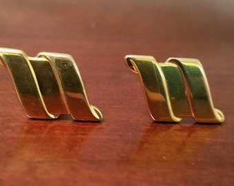 Vintage Gold Tone Cuff Links