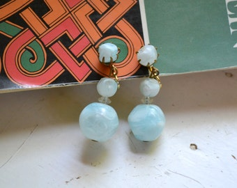 1960s Aqua Bead Dangle Clip Earrings