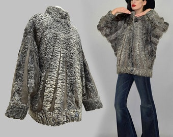 Vintage Leather & Persian Lamb Fur Sunray Art Deco Batwing Cropped Cape Jacket Embossed Suede Beam Layering Poncho Curly Sheep Blanket