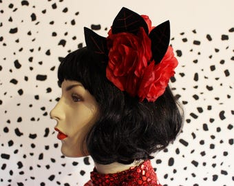 40's style handmade red roses & black embroidered felt leaves fascinator hair comb
