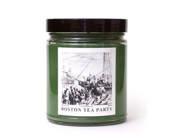 BOSTON TEA PARTY, Scented Candle, Black Tea Seaweed and Driftwood, American History Themed, Antique Style, Nautical Decor, Wood, Soy Blend