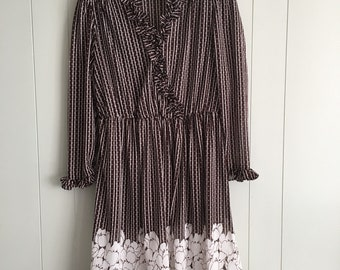 Brown and cream 1970s Sears vintage tulip dress