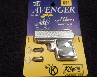 Kilgore Avenger on Card- Hard to find Black- New old store stock