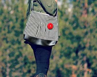 Handbag, Crossbody Purse, Messenger Bag, Medium Faux Leather Bag, Black and White Purse, Black Stripes Handbag, Vegan Leather, Pleated Purse