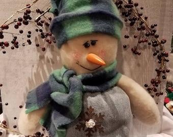 Snowman,stand up snowman,snowman shelf sitter,country snowman,primitive snowman,winter decor,holiday decor,Christmas decor,home decor