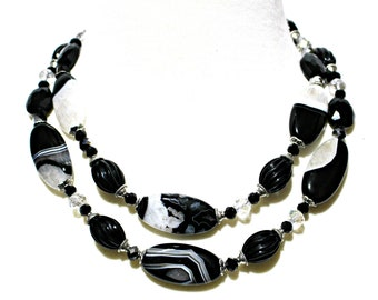 Black and White Agate Necklace with Druzy. Black and White Elegance. Black and White Statement Necklace.