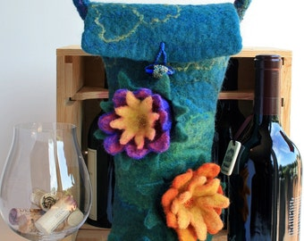 Water Lily Wine Bag,Felted Wool Tote Bag,Wet Felted Gift Bag,Wool Felt Wine Tote,Insulated Wine Tote,Felted Flower Tote,Wool Felt Flowers