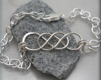 Infinity Bracelet, Sterling Silver, Chain Bracelet, Everyday, Delicate, Friendship Jewelry, Bridesmaid Gift, Wedding, Mothers Bracelet