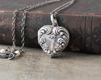 Repousse Locket Pendant, Silver Heart Locket, Sterling Silver Locket Necklace, Vintage Locket, Oxidized Silver Photo Locket, Push Present