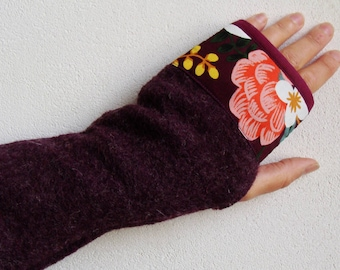 Bohemian flowers and heathered plum wool MITTENS
