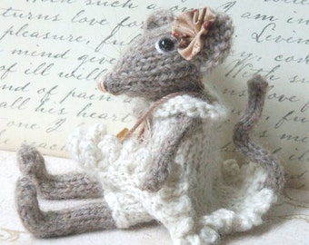 Knitted Mouse Pattern