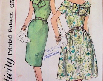 Vintage 1950s Womens Dress with Cape Collar Pattern Simplicity 3975