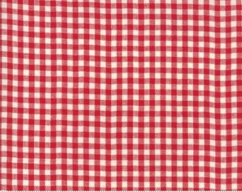 """End of Bolt 17"""" of Picnic Basket Small Check Red 12134 13 by Moda"""