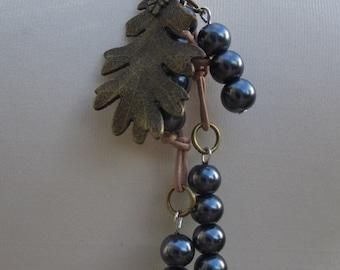 Pearl Lariat, Charcoal Pearl Lariat, Handmade Pearl Lariat, Edinburgh Jewellery Designer, K Brown Jewellery, Karen Brown, Pearl Jewellery