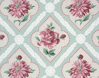 1940s Vintage Wallpaper by the Yard - Pink Roses in Diamond Medallions