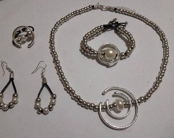 4-Piece Jewelry Set