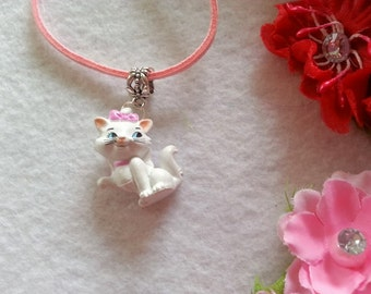 Mary Aristocat Necklace