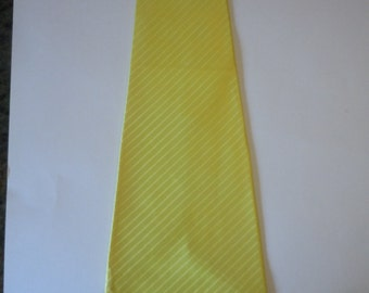 Rare Electric Yellow 1940s Rayon Satin Swing Tie
