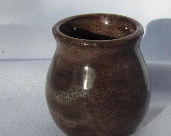 Toothpick holder Lucretia in Brown - Handmade Pottery