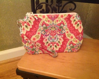 Floral ~ Kendall Wristlet Free Shipping in the US