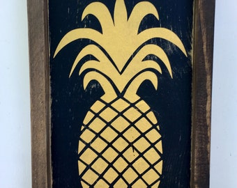 Pineapple Wood Sign Summer Decor Kitchen Decor Welcome Gift Hospitality Gift Wooden Pineapple Decoration Farmhouse Wooden Sign Birthday Gift