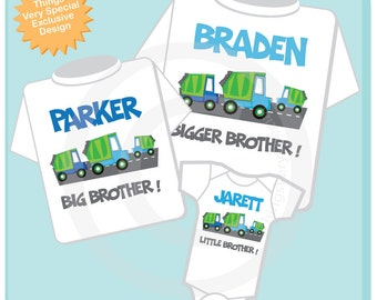 Set of Three, Personalized Sibling Garbage Truck Tee Shirts or Onesies. Bigger Brother, Big Brother and Little Brother. (03082014c)