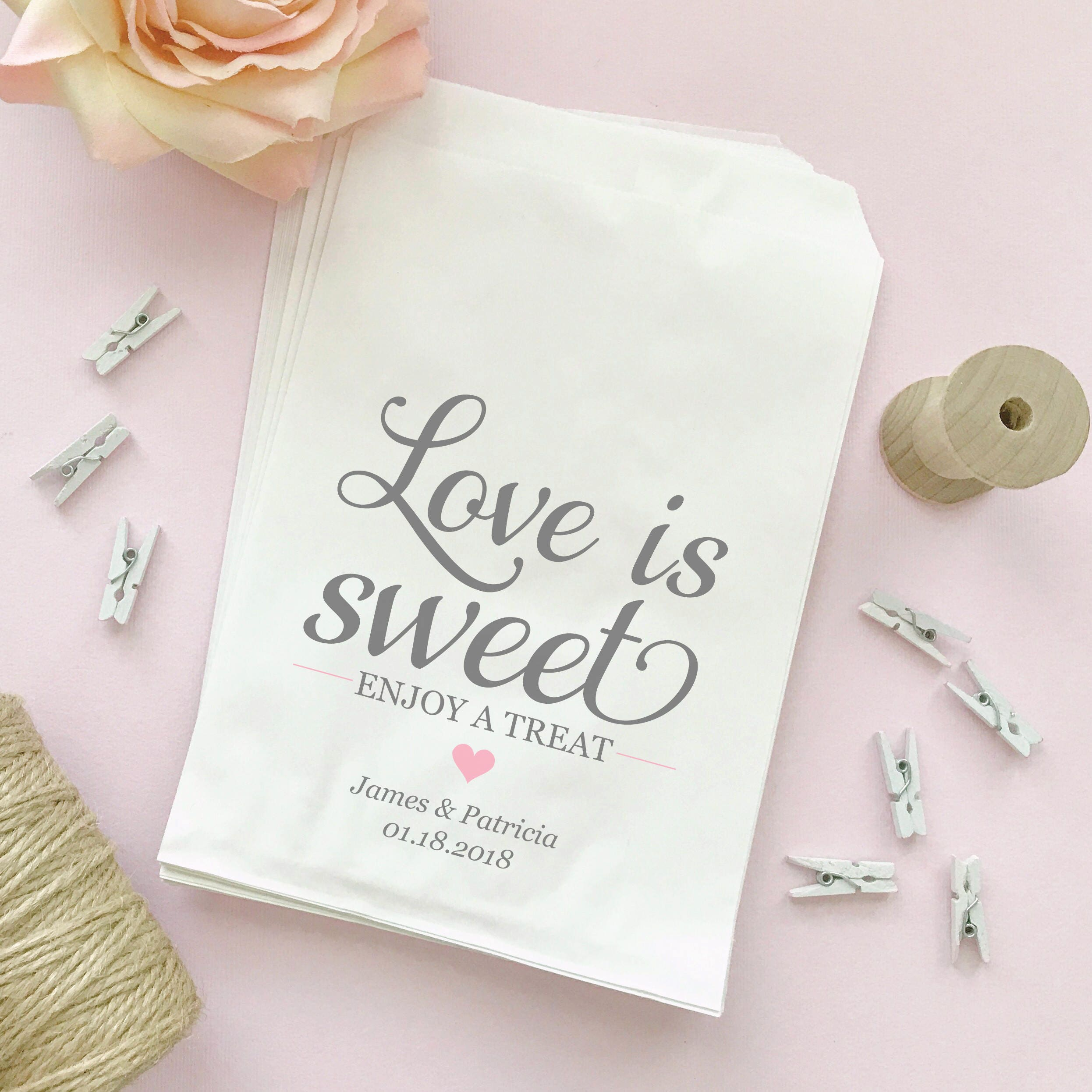 Love is sweet bags 30 Love is sweet take a treat bag