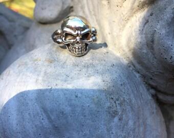 Skull rings/6&9.5