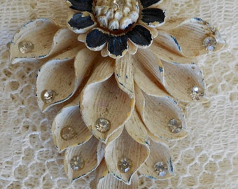 1930's Sunflower Rhinestone Dress Clip