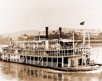 Tom Greene River Boat