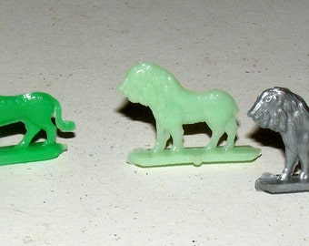 Vintage Tiny Lion and Tiger Animal Stand Ups Prize Premium Lot of 3