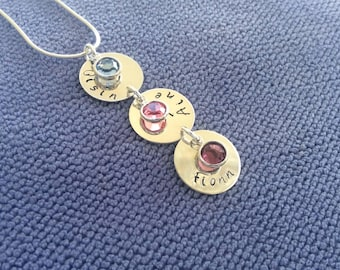 Silver Mum of three chain discs vertically with names and birthstones