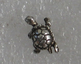 10mm   Turtle Vintage Sterling  SINGLE Post Earring