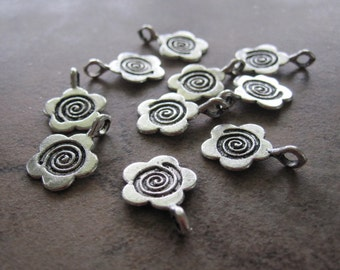 25 Antiqued Silver Pewter Flower Charms - 11X10mm - JD79